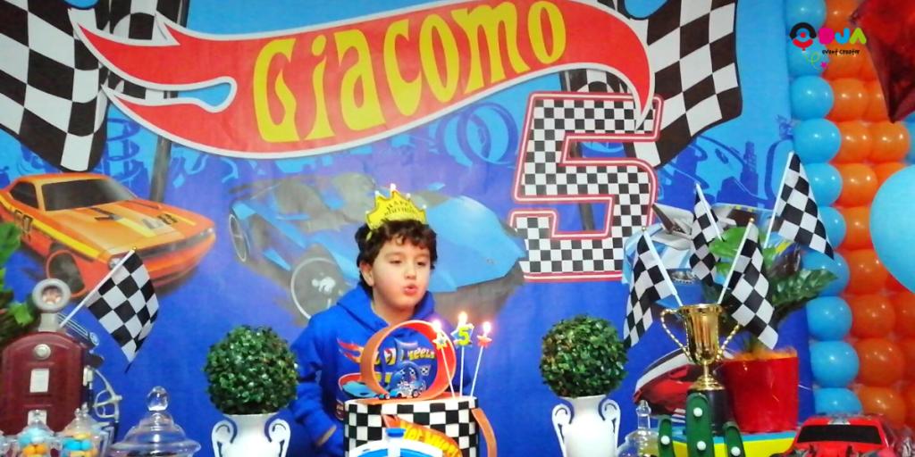 festa di compleanno giacomo a tema hot wheels scenografia