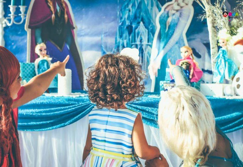 festa di compleanno gaia a tema frozen animazione bambini